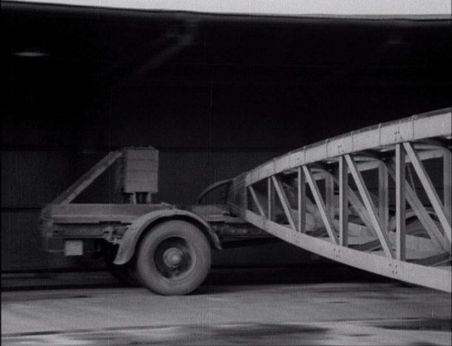 IMCDb.org: 1937 AEC Test Chassis Road Research Laboratory