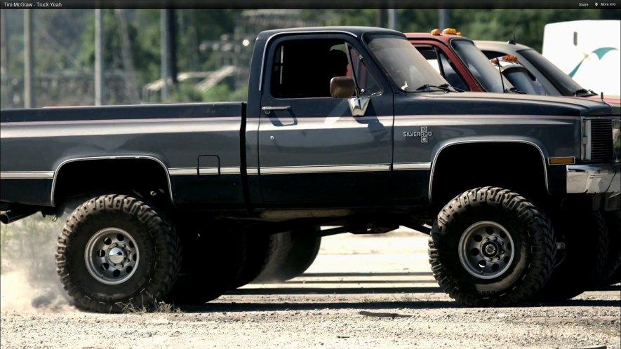 "IMCDb.org: 1986 Chevrolet K-10 Silverado Fleetside in ""Tim McGraw: Truck Yeah, 2012"""