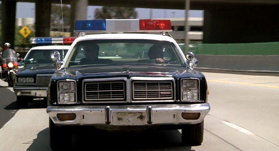 """Dodge Police Car >> IMCDb.org: 1978 Dodge Monaco in """"Fletch, 1985"""""""