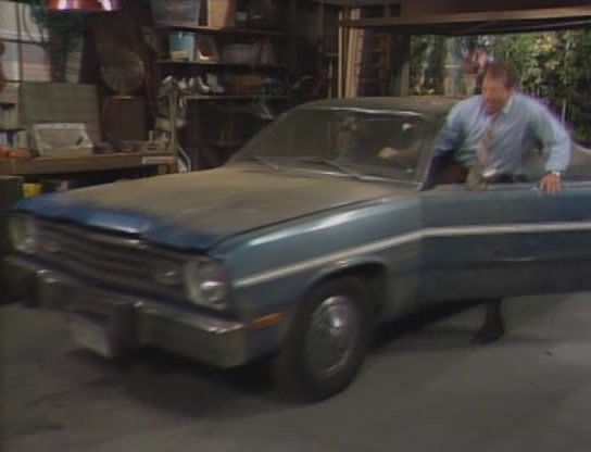 """Dodge Charger Tail Lights >> IMCDb.org: 1972 Plymouth Duster in """"Married with Children ..."""