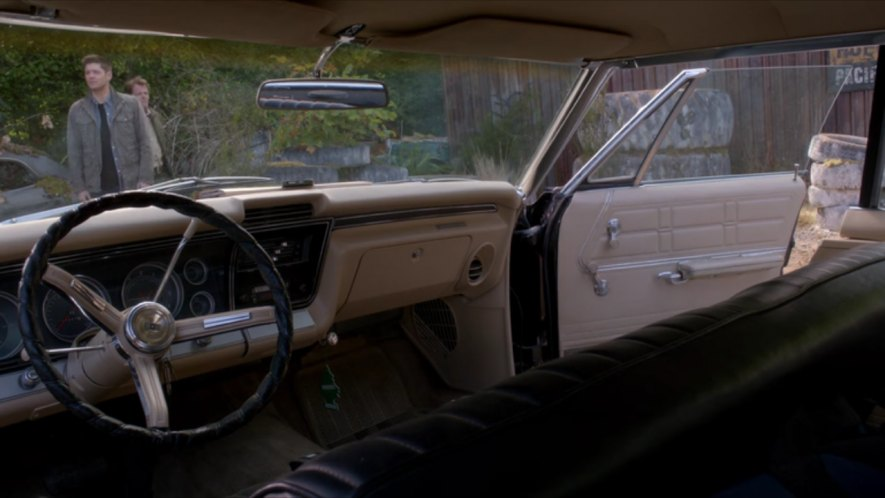 IMCDb.org: 1967 Chevrolet Impala Sport Sedan [16387] in ...