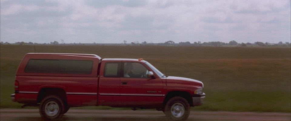 """IMCDb.org: 1995 Dodge Ram 2500 Club Cab SLT in """"Twister, 1996"""""""