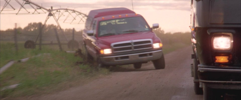IMCDb org: 1995 Dodge Ram 2500 Club Cab SLT in