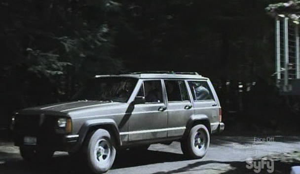 Advertising Last completed movie pages 1990 Jeep Cherokee [XJ]  Comments about this vehicle Add a comment Advertising