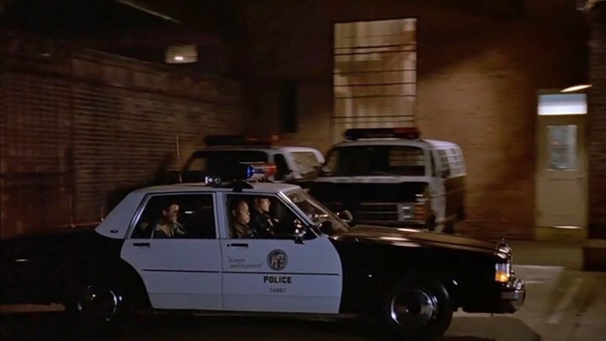 "IMCDb.org: 1987 Chevrolet Caprice 9C1 in ""Unlawful Entry ..."
