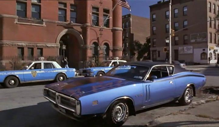 """1989 Lincoln Town Car >> IMCDb.org: """"Vampire in Brooklyn, 1995"""": cars, bikes ..."""