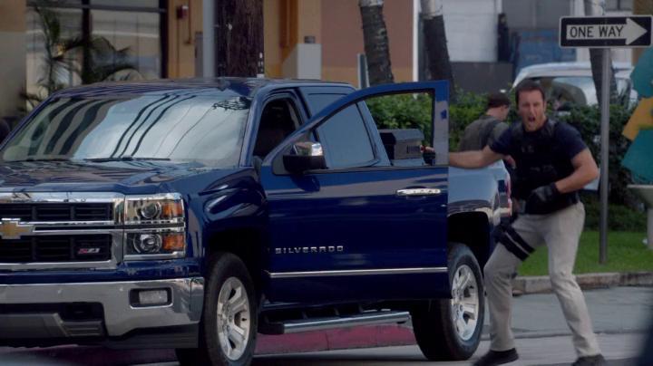 IMCDb.org: 2014 Chevrolet Silverado 1500 Crew Cab LTZ Z71 ...