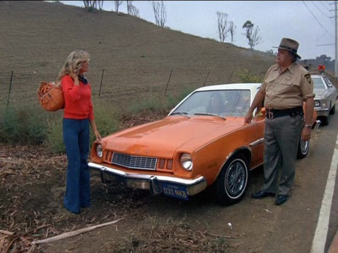 """IMCDb.org: 1977 Ford Pinto Runabout in """"Charlie's Angels ..."""