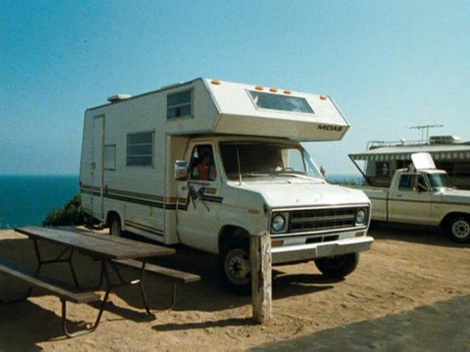 IMCDb org: 1977 Ford Econoline Midas [E-350] in