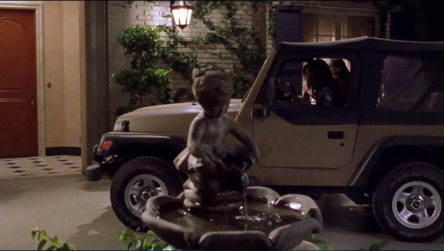 Imcdb Org 2000 Jeep Wrangler Tj In Gilmore Girls 2000 2007